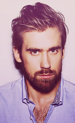 zetterberg - chest hair